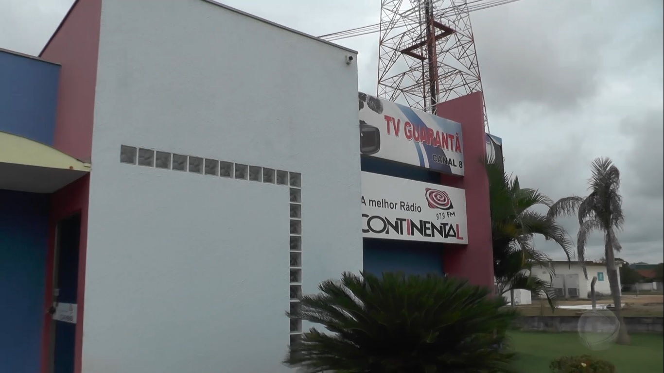 Amplitude News Realidade Da Antiga Sede Da Record Tv De Guarant  -> Sala De Tv Improvisada
